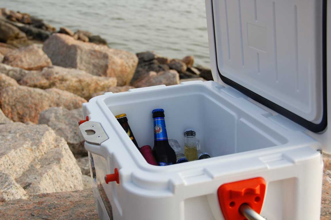 Information On Patio Ice Chests Or Coolers – A Helpful Guide