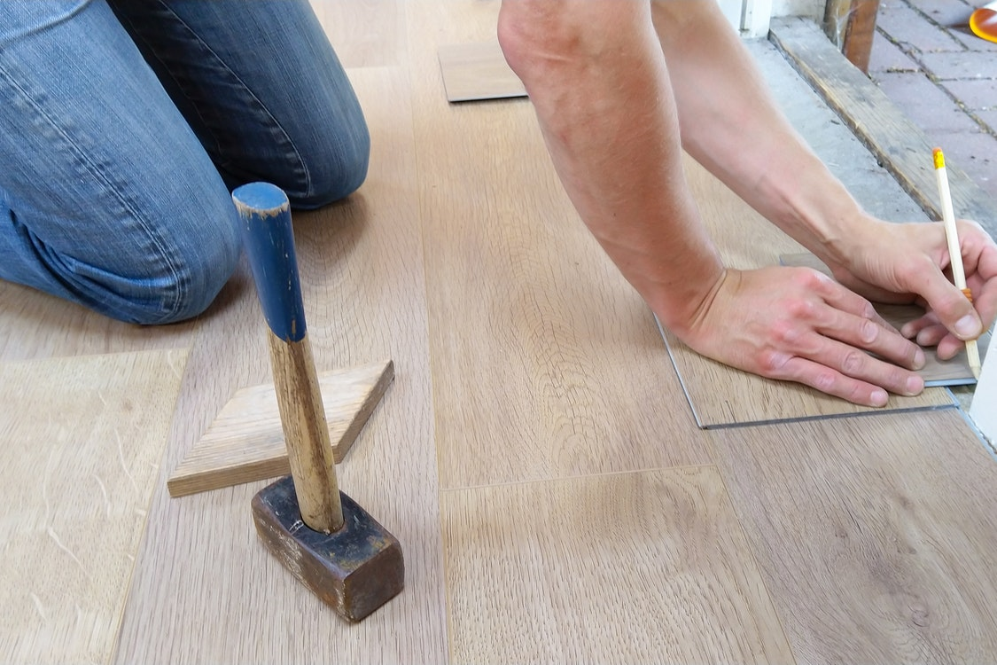 A Fundamental Guide on Picking the Right Epoxy Specialist for Your Floors